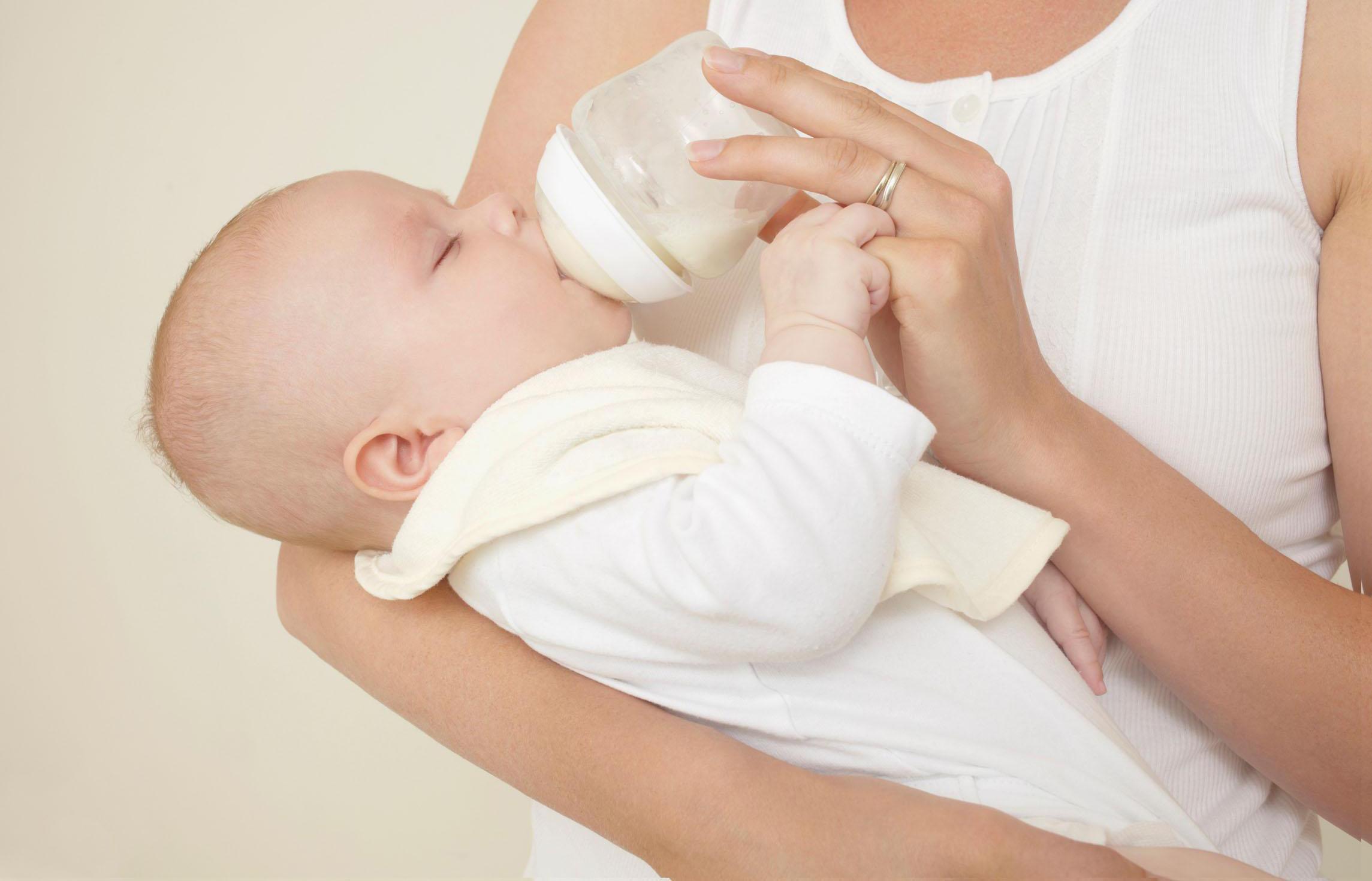 母乳喂养有助妈妈减肥哦